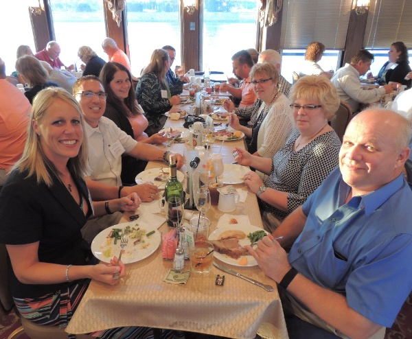 Food, fellowship and fun on the Mississippi